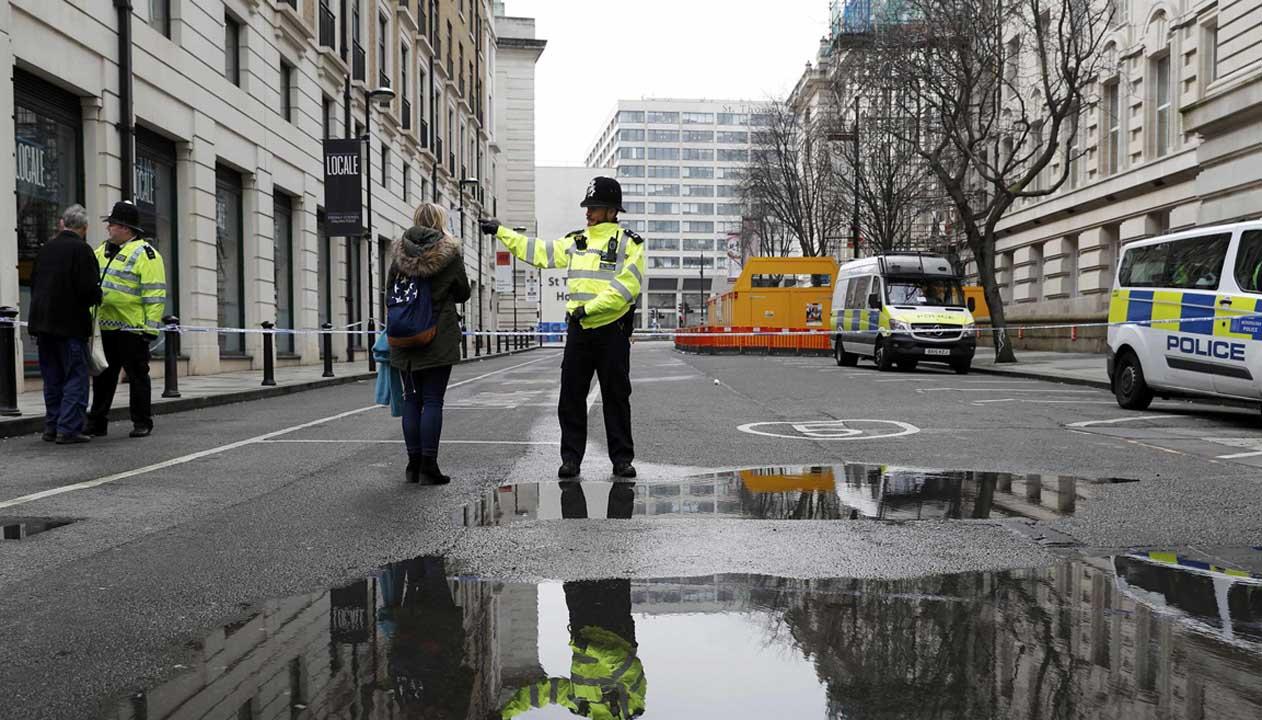 Los organismos de seguridad detuvieron a un sujeto que manejaba a toda velocidad por las calles principales de la ciudad