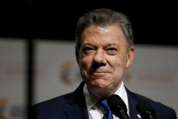 El presidente colombiano firmó dos decretos que activarán la búsqueda de personas desaparecidas
