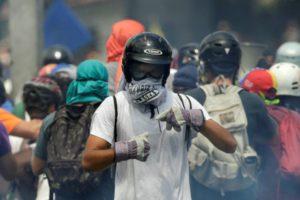 Profesionales de la comunicación han resultado heridos tras agresiones por parte de funcionarios de seguridad del Estado en varios puntos del territorio nacional