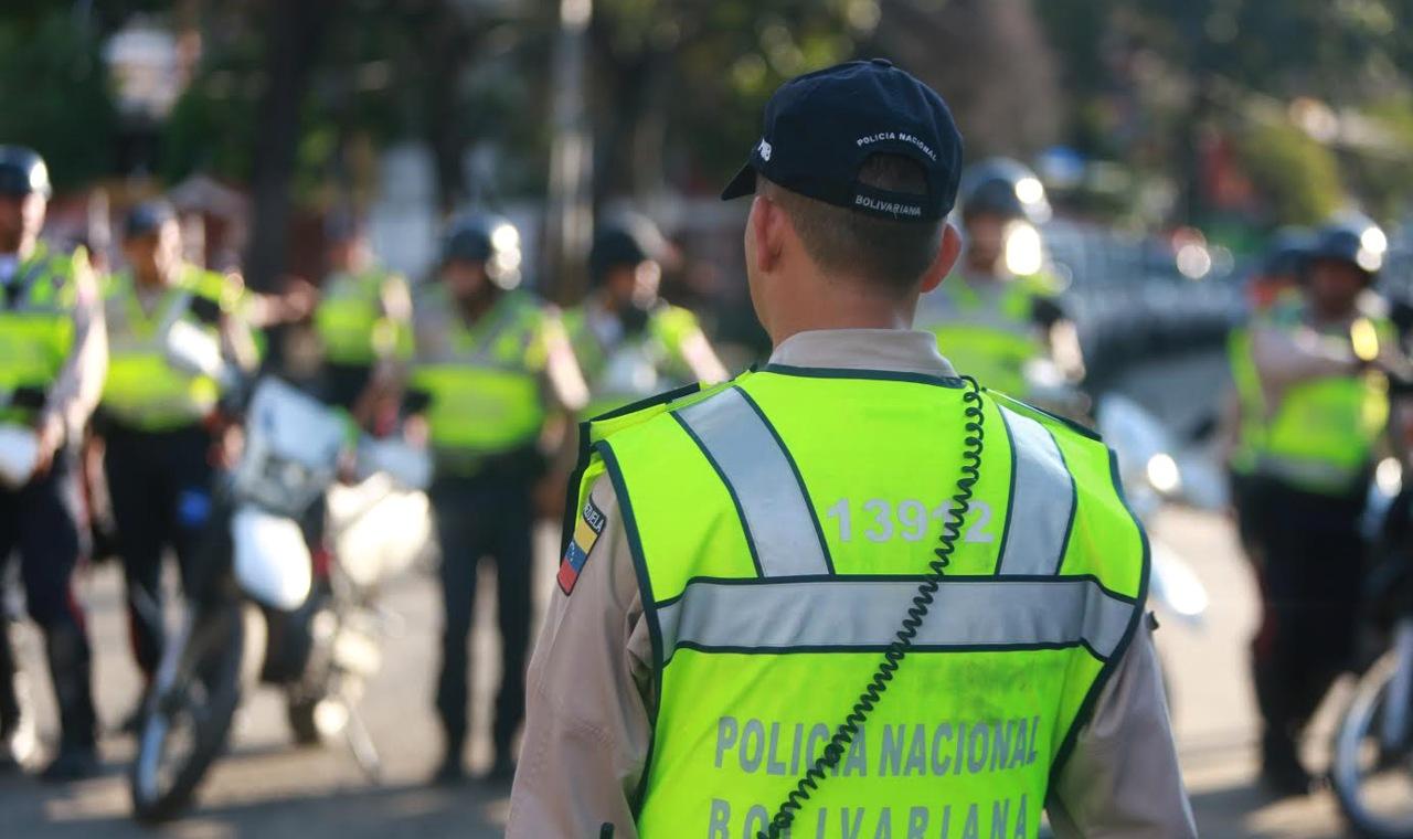 """""""Los vamos a llevar por la ruta más segura"""", indicó el funcionario a manifestantes"""