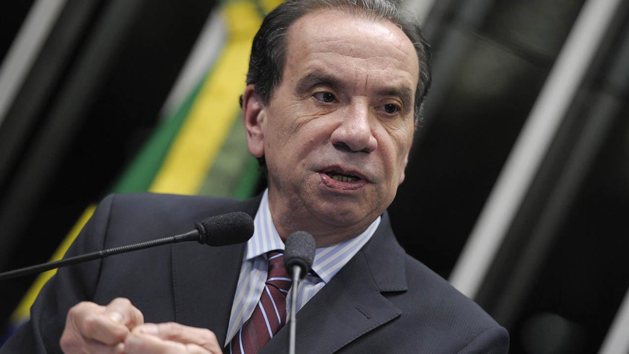 El canciller brasileño viajará a Chile