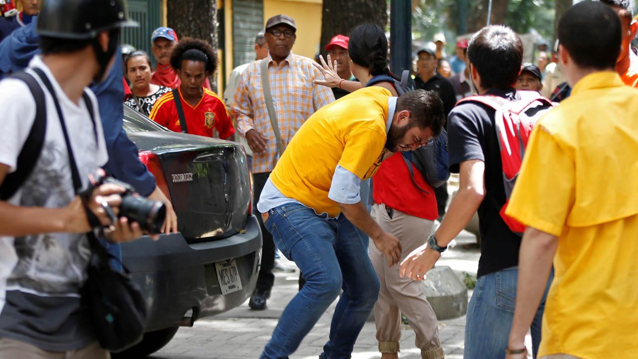Juan Requesens fue herido