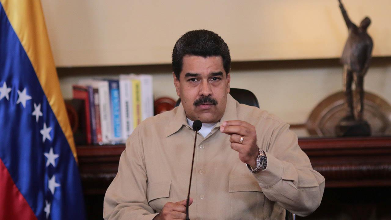 Maduro busca la paz este 19 de abril