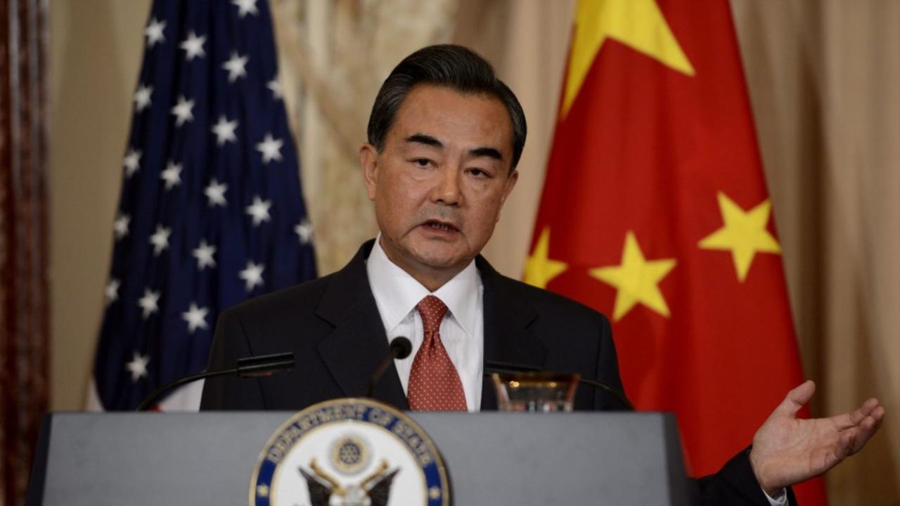 El ministro de Exteriores chino, Wang Yi propuso que Corea del Norte congele su programa nuclear