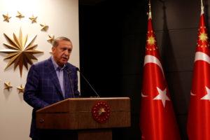 El 51,3% de los ciudadanos eligió el sistema presidencialista impulsado por el presidente Recep Tayyip Erdogan