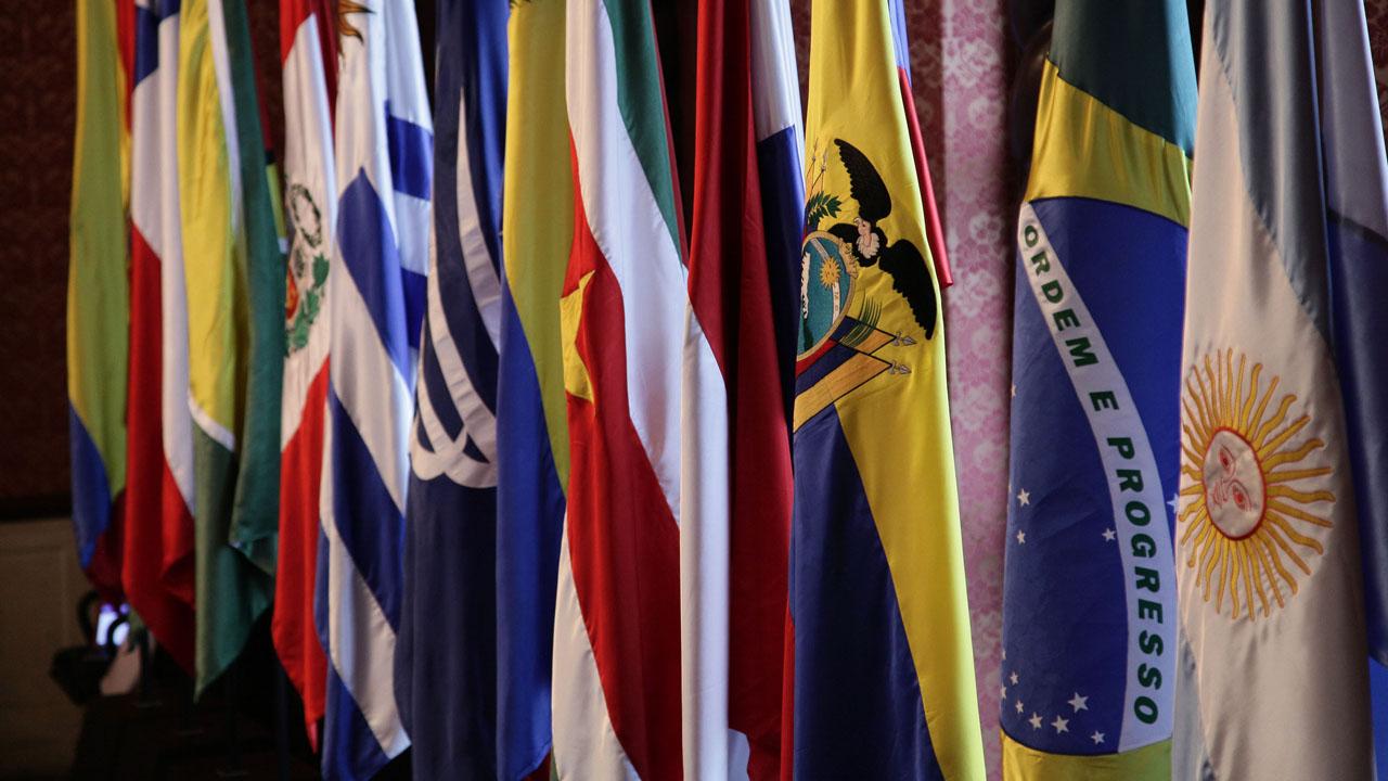 Unasur es el escenario propicio para dirimir las diferencias en el ámbito político, social y económico de acuerdo a los tratados suscritos por Estados Miembros