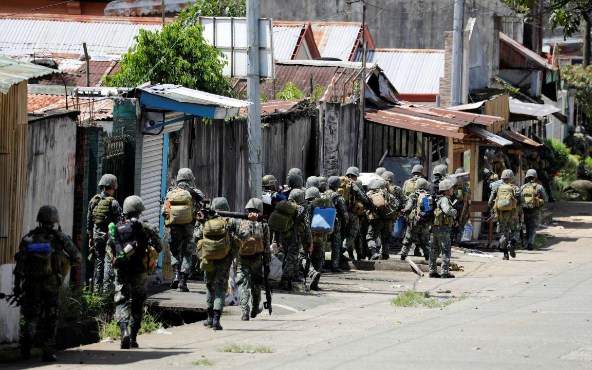 Las cifras oficiales arrojan que los fallecidos son 61 extremistas, 20 soldados y unos 24 civiles