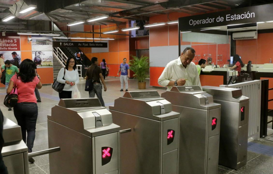 Metro de caracas cierra cuatro estaciones doble llave for Llave de regadera no cierra