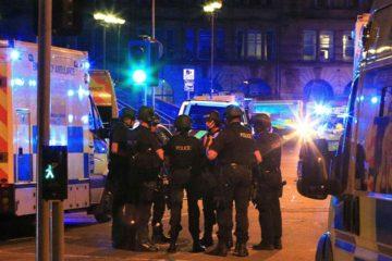 Mandatarios y representantes de entidades rectificaron su apoyo con la localidad británica tras el atentado ocurrido en Manchester