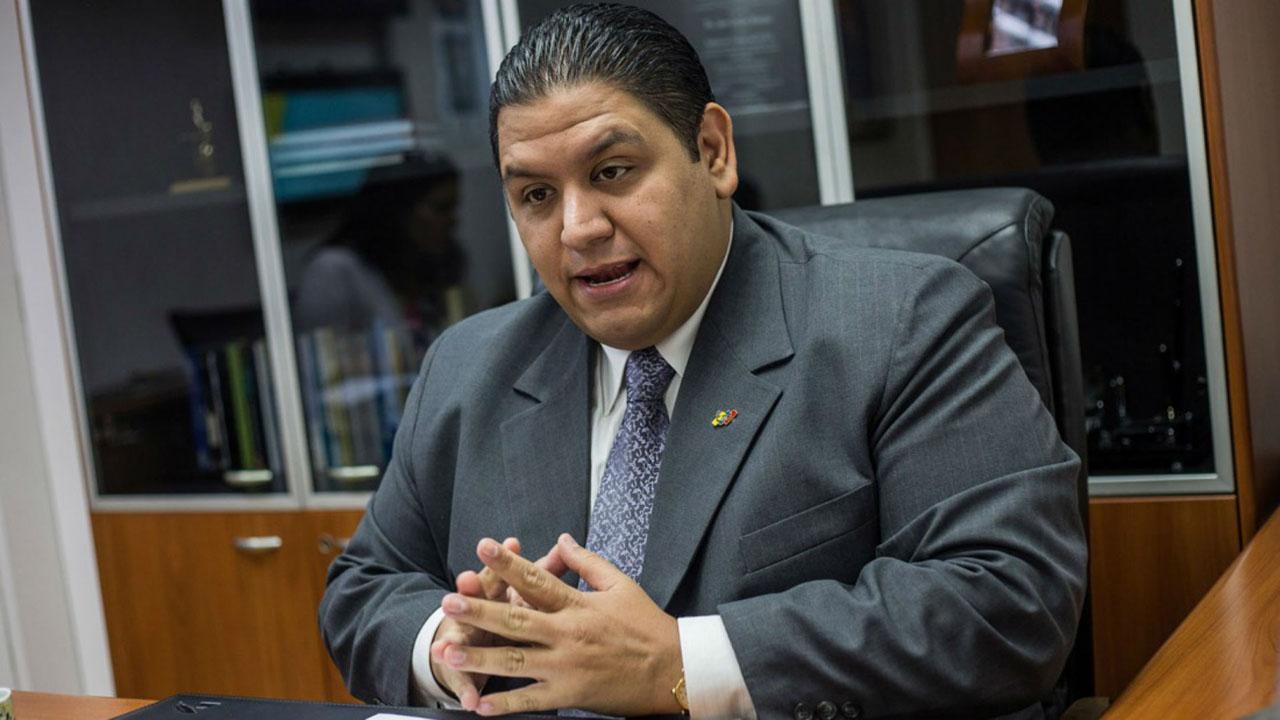 El rector del Consejo Nacional Electoral (CNE), aseguró que la constituyente no puede desatender principios básicos del voto