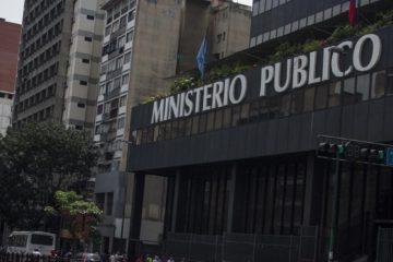 El Ministerio Público asegura que el oficial retirado recibió diversos golpes y disparos por parte de un grupo de personas