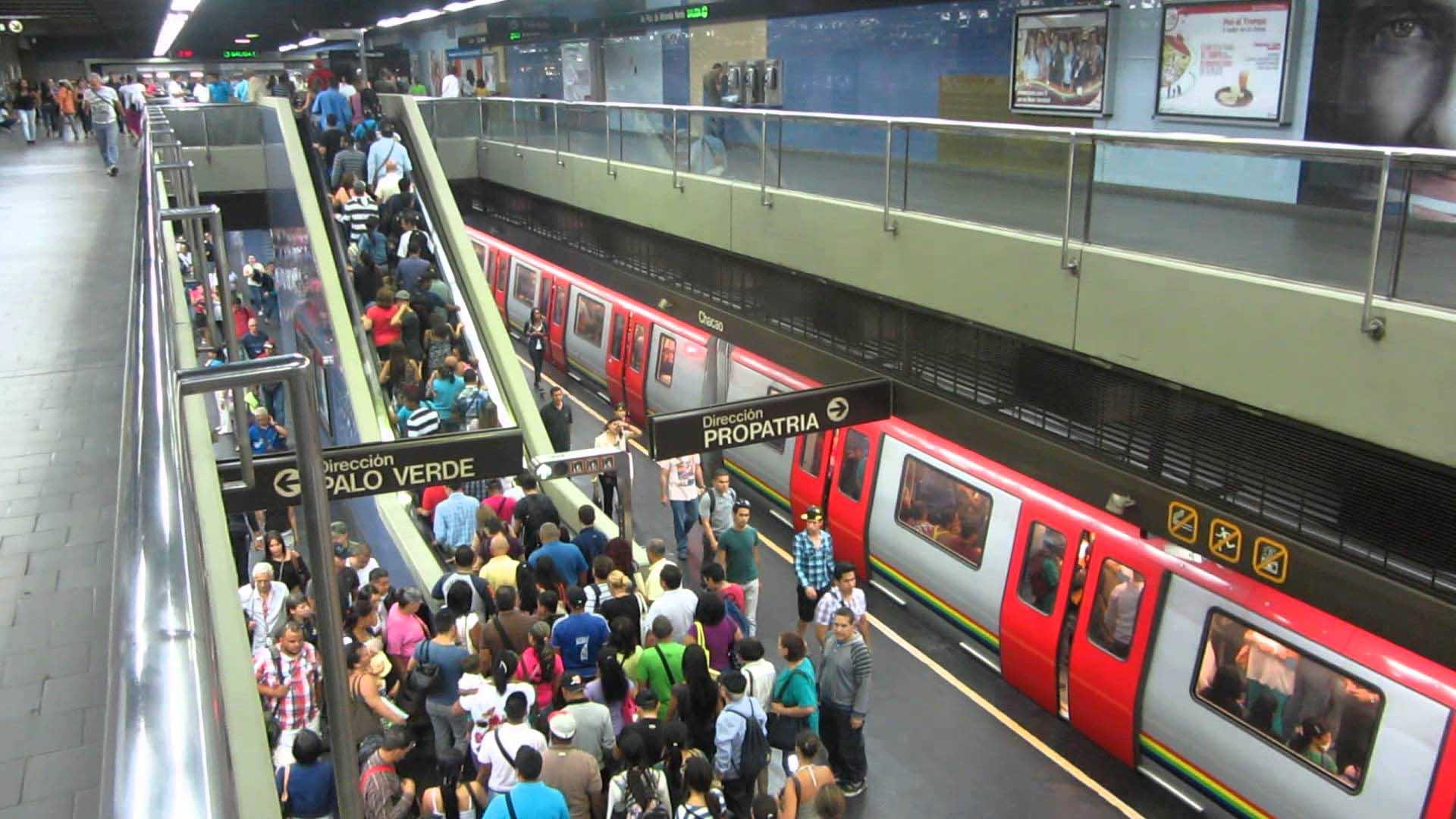 Por resguardo de sus usuarios, personal, instalaciones y unidades, el metro no prestará servicio comercial hasta nuevo aviso