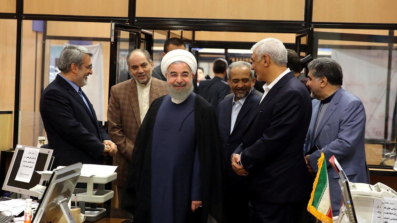 Rouhani se alzó con 23 millones 549.616 votos, frente a su principal contendor el conservador, Ebrahim Raeisi, obtuvo 15 millones 786.449