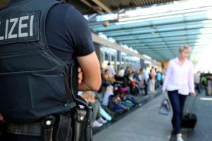 Los cuerpos de seguridad investigan a tres sospechos vinculados con el Estado Islámico