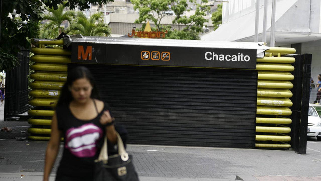 """Chacaíto, Chacao, Altamira y Bello Monte están cerradas por """"resguardo de usuarios, personal e instalaciones"""" según informó el sistema en Twitter"""