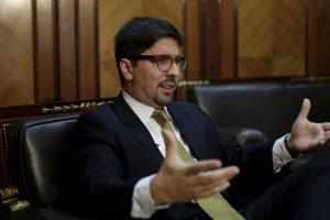 """El vicepresidente de la AN asomó un posible paro general para seguir aumentando la """"presión de calle"""""""