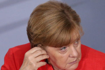La canciller alemana declaró estar preocupada por la situación del país y pidió que se regresara al diálogo