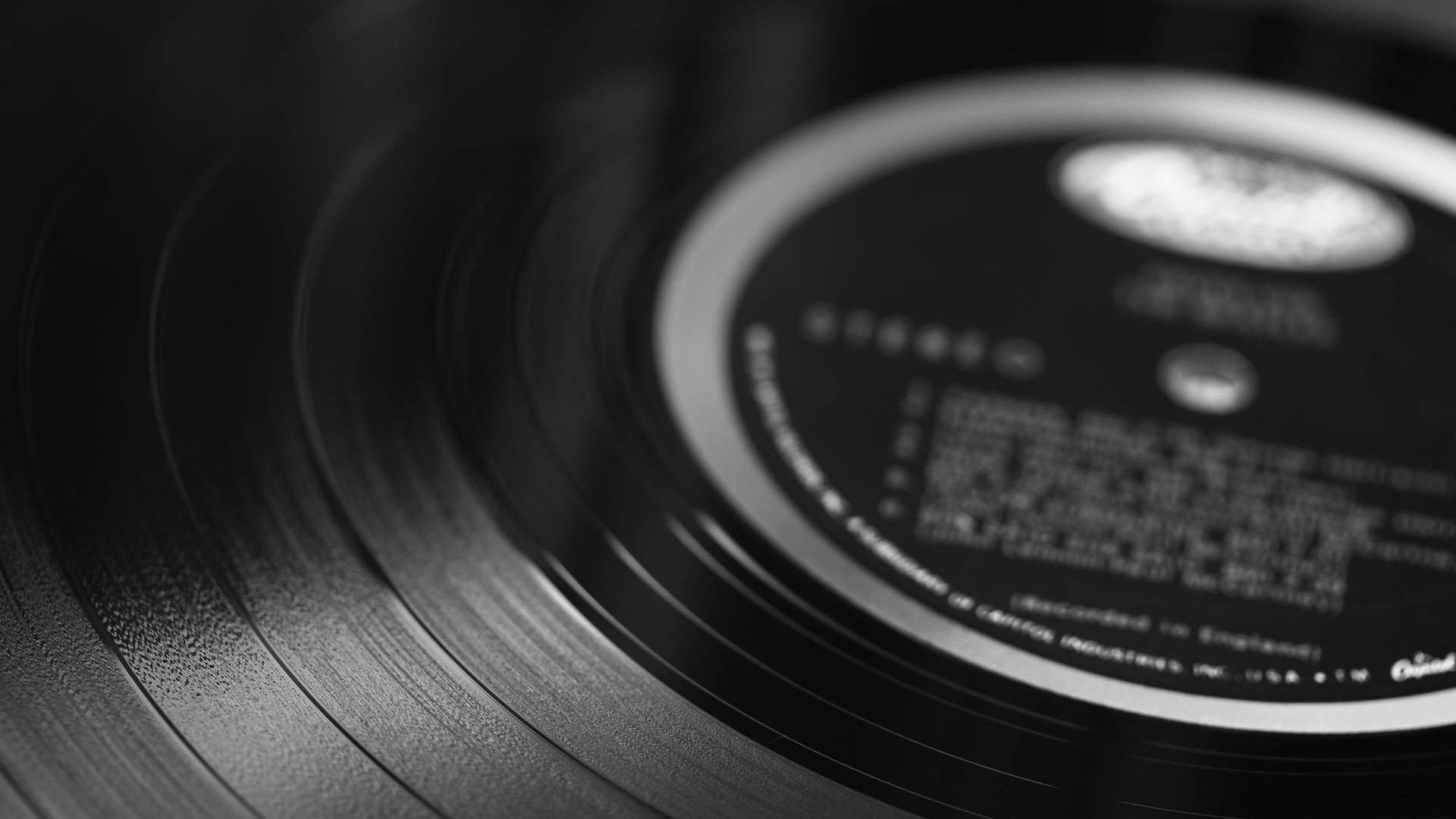 Casi tres décadas después de abandonar la producción, se comenzará a grabar en este formato debido a la creciente demanda