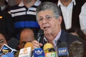 El diputado por la MUD asegura que la oposición busca el cambio político de manera pacífica y constitucional