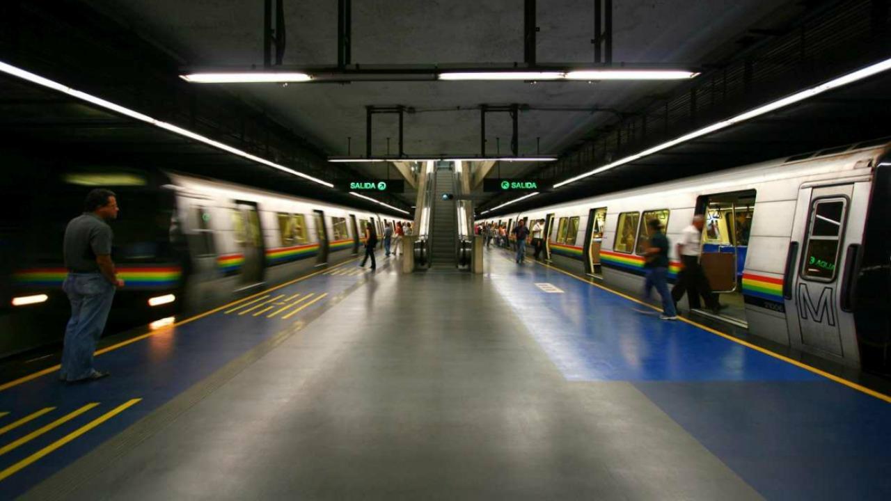 La compañía de transporte recomienda a los usuarios hacer la transferencia en la estación El Silencio para poder disfrutar del servicio
