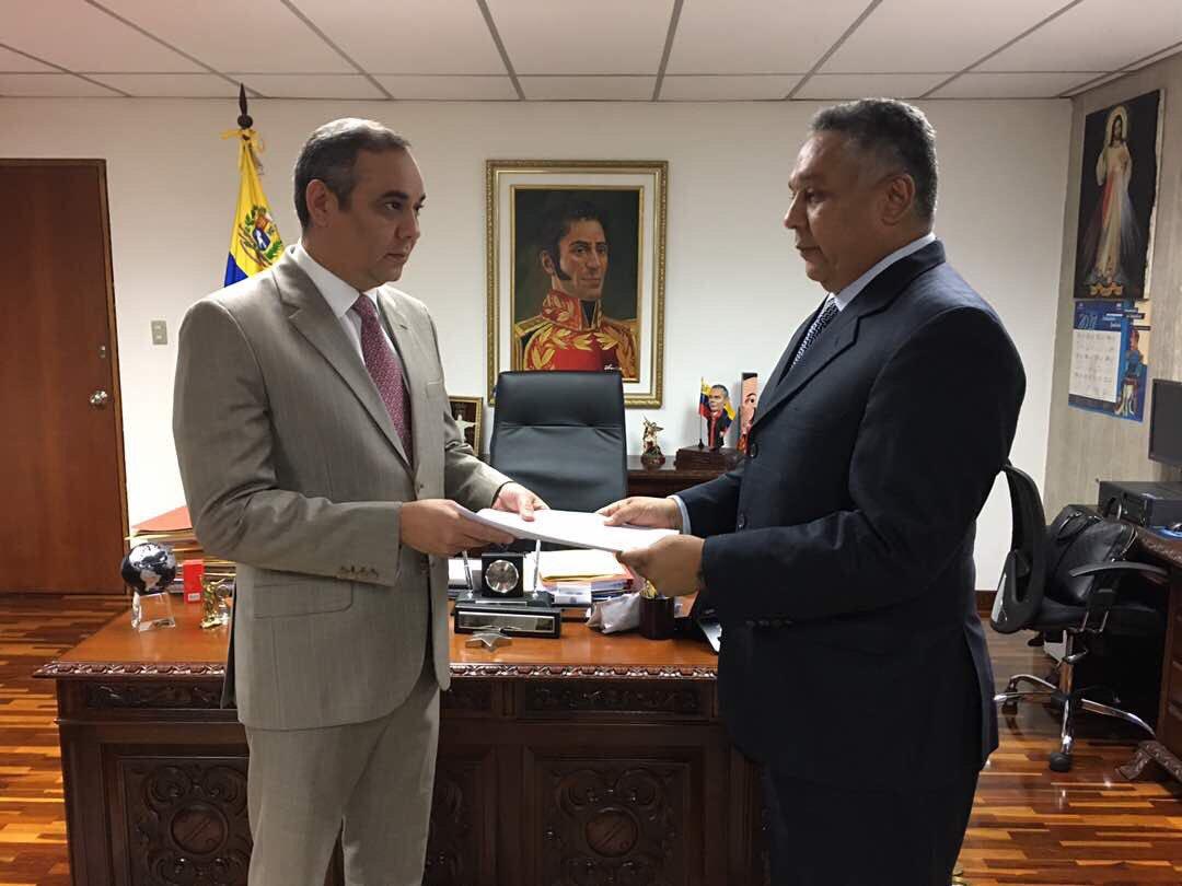 El diputado del PSUV cuestionó las investigaciones realizadas por el Ministerio Público y las acciones que ha tomado Ortega Díaz