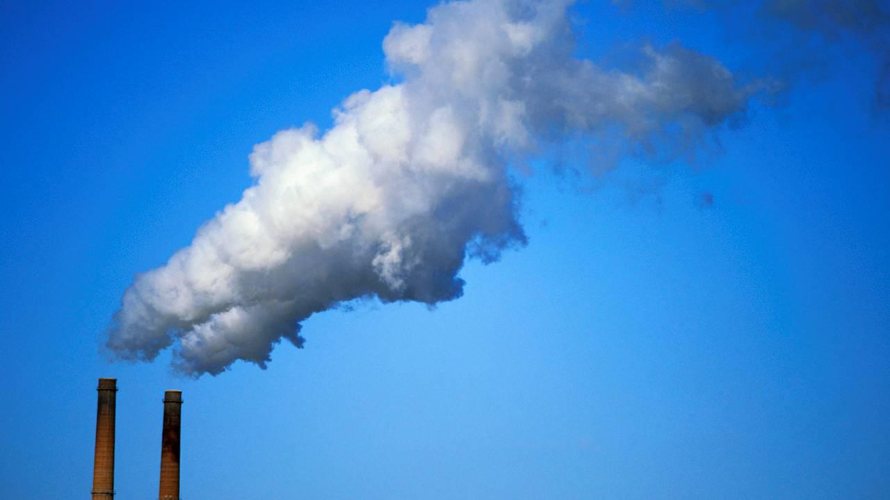 Estudiosos transformaron el dióxido de carbono en oxígeno y monóxido de carbono (CO)