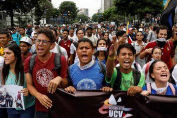Oposición llegó a Venezolana de Televisión