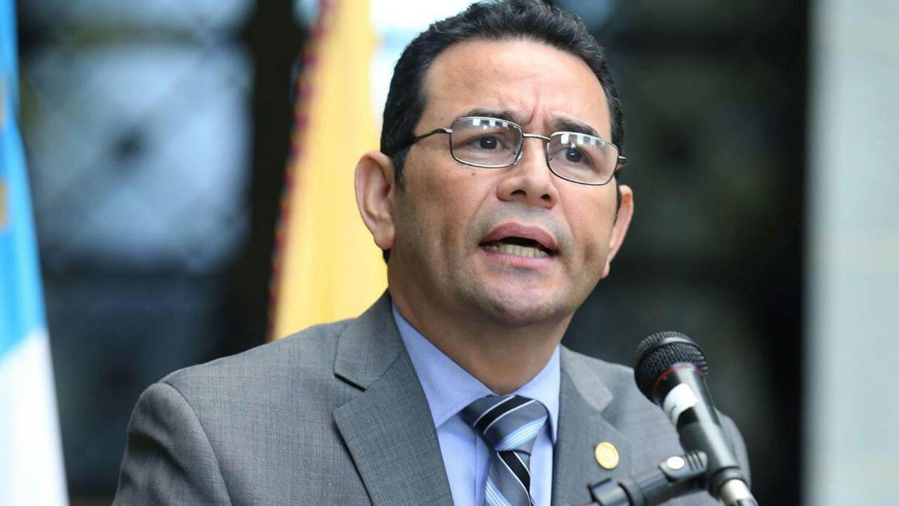Mandatario guatemalteco viajó a Francia