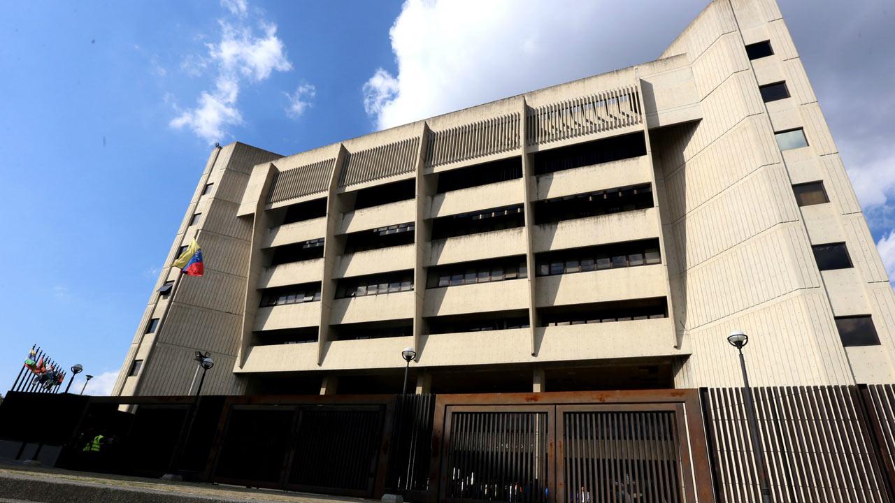 La Sala Político Administrativa declinó la demanda de nulidad interpuesta por un grupo de seis abogados
