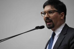 """El primer vicepresidente de la Asamblea Nacional señaló que no será """"un rehén más"""" del gobierno"""