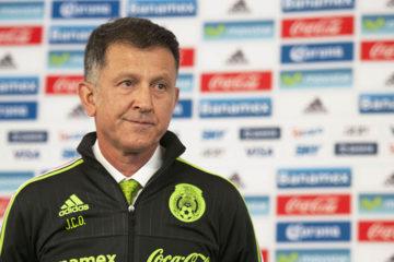 El entrenador de la seleccion mexicana fue suspendido por 6 juegos oficiales tras su conducta en el partido ante Portugal de la Copa Confederaciones