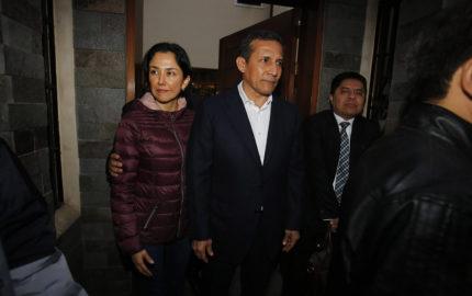 El juez dicto una medida para la pareja de 18 meses de prisión preventiva mientras son procesados por presuntos lavados de dinero