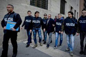El cuerpo de seguridad detuvo a 34 presuntos miembros del clan Brancaccio y decomiso 60 millones de euros en activos