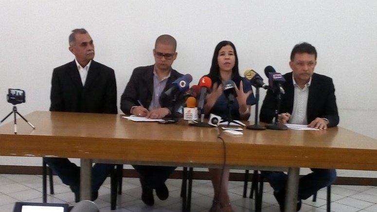 Germán Ferrer, Eustoquio Contreras, Gabriela Ramírez y Nicmer Evans dieron una rueda de prensa en rechazo a la ANC