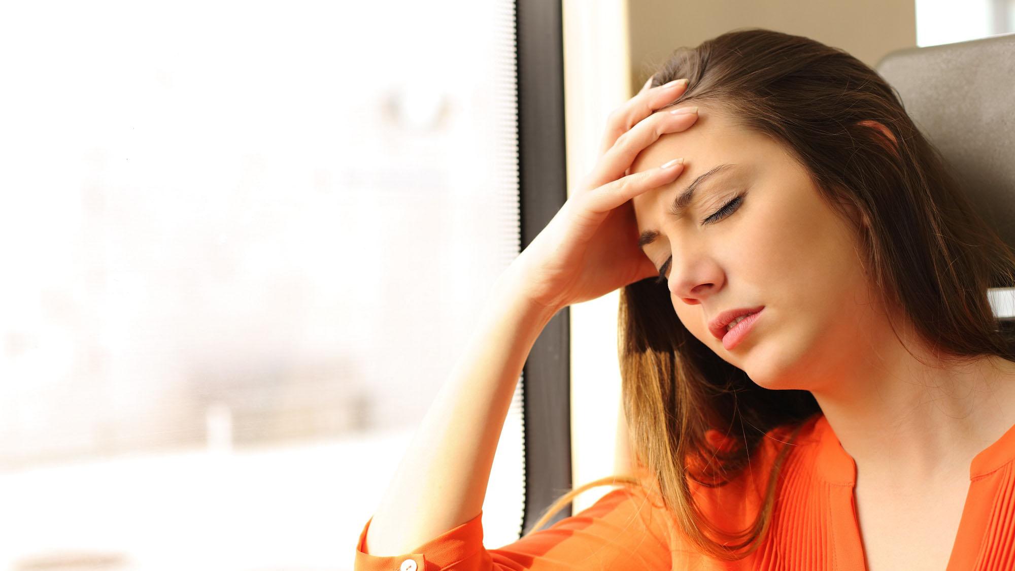 mareo por movimiento o cinetosis, es la desagradable sensación que hace sudar, sentir frío, malestar, palidez o náuseas a quien la padece