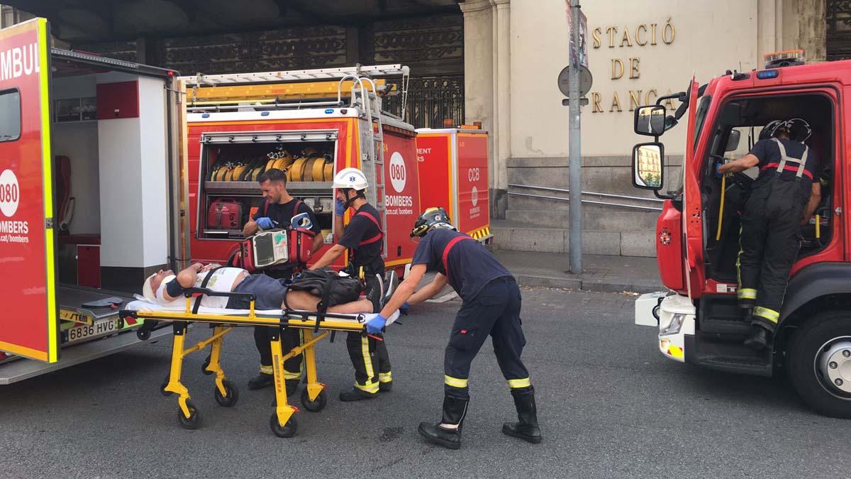 Según informaron los servicios de emergencia,entre los 54 afectados hay una persona grave aunque no se teme por su vida