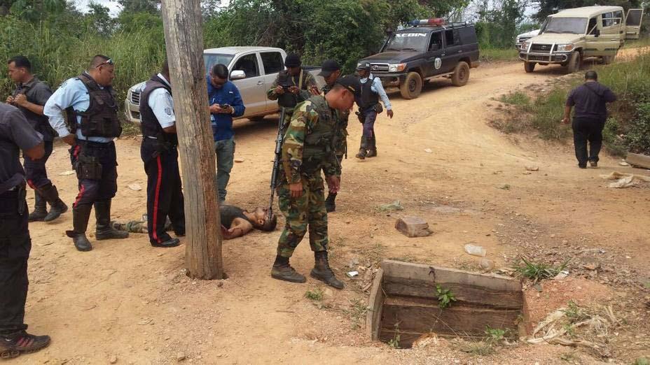 """Funcionarios de la Guardia Nacional y el Ejército confrontaron a un grupo de sujetos armados pertenecientes a la banda del """"Negro Fabio"""""""