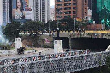 """Luego de la convocatoria de la MUD a """"Marchar contra la dictadura"""", ciudadanos han sido emboscados en distintos puntos de Caracas"""