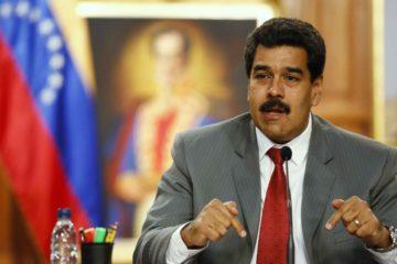 El jefe de estado encabezó una reunión con gobernadores y alcaldes oficialistas desde el Palacio de Miraflores