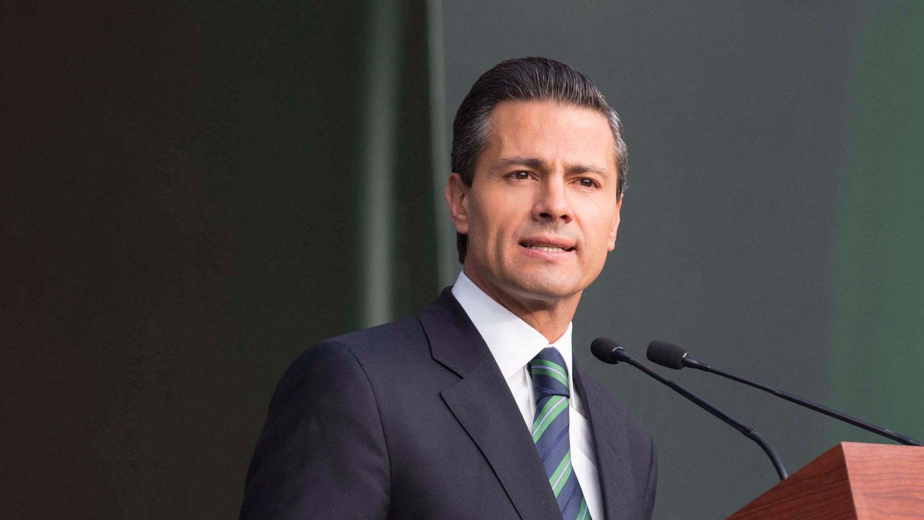 El mandatario mexicano manifestó su preocupación por el hecho al que consideró un atentado contra la democracia y la tarea del parlamento