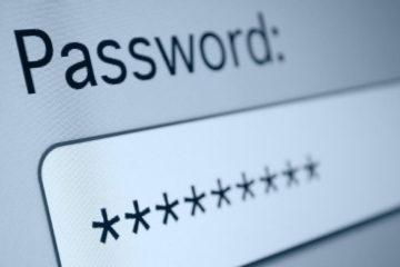 """Para muchos, recordar una clave """"larga"""" es tedioso, por lo que suelen utilizar el mismo password para varias cuentas, algo que pone en riesgo la vida digital"""