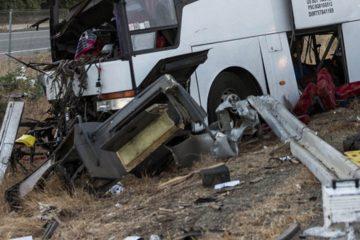 Funcionarios de ECU911 informaron que el transporte se salió de la ruta y posteriormente se incendió