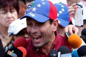 """El gobernador dijo estar orgulloso de los venezolanos en el exterior pues """"mientras se tenga la patria en el corazón no hay distancia"""""""
