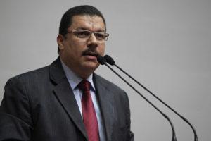 El diputado a la Asamblea Nacional informó que se fijaron tres meses para dar el visto de bueno a la normativa