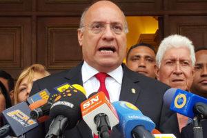 El Presidente del Parlasur, Williams Dávila invitó a más de 12 congresistas como observadores internacionales