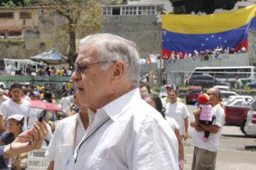 El expresidente de Costa Rica y observador internacional opinó que esta jornada representa el primer paso para un cambio en el país