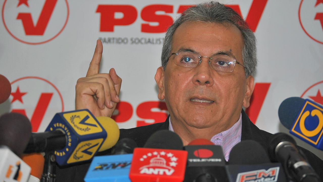 El economista repudió el asedio al Palacio Federal, que dejó como resultado 7 diputados heridos