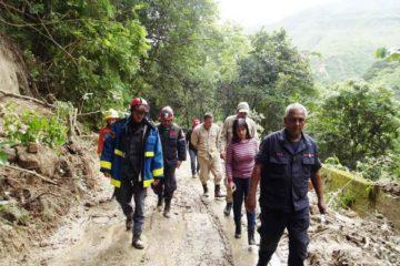 La informacion fue ofrecida por voluntarios del cuerpo de bomberos que continúan trabajando en la zona afectada por las lluvias