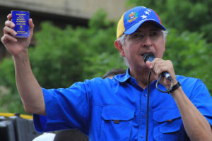 Antes de partir a Madrid, el alcalde de Caracas ofreció declaraciones sobre su salida del país desde Colombia