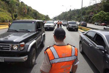 De acuerdo con el director de PC Jorge Galindo el siniestro tuvo lugar en el kilómetro 104 cuando dos vehículos colisionaron
